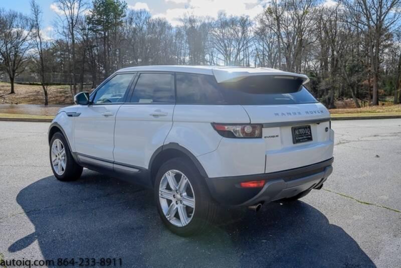 2015 Land Rover Range Rover Evoque Pure Plus (image 8)