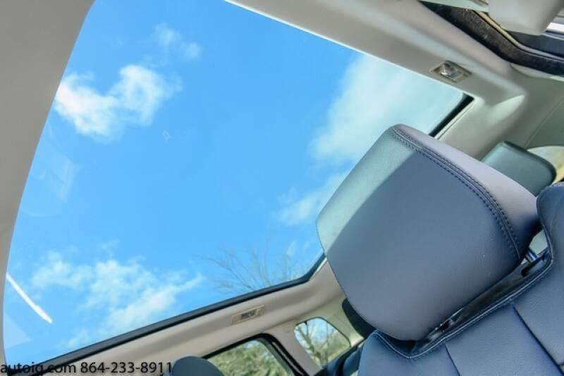 2015 Land Rover Range Rover Evoque Pure Plus (image 16)