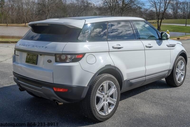 2015 Land Rover Range Rover Evoque Pure Plus (image 6)