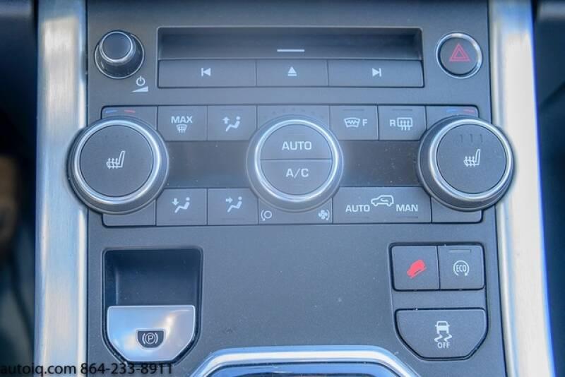 2015 Land Rover Range Rover Evoque Pure Plus (image 24)