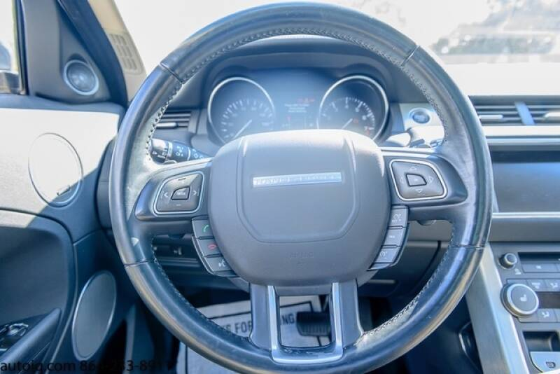 2015 Land Rover Range Rover Evoque Pure Plus (image 19)