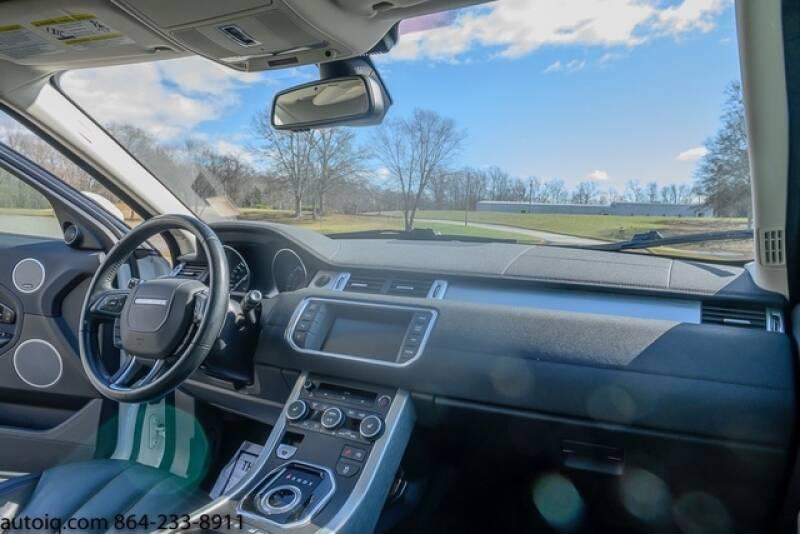 2015 Land Rover Range Rover Evoque Pure Plus (image 13)