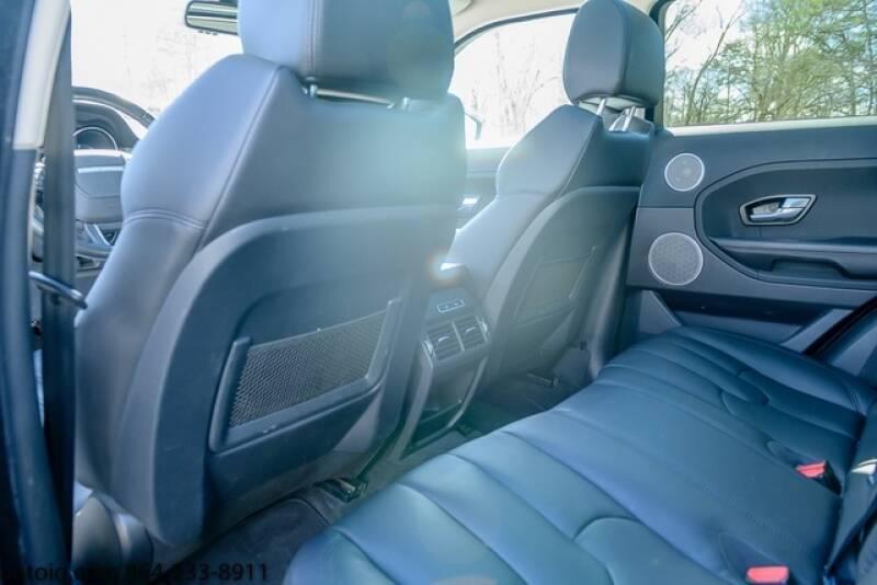 2015 Land Rover Range Rover Evoque Pure Plus (image 12)