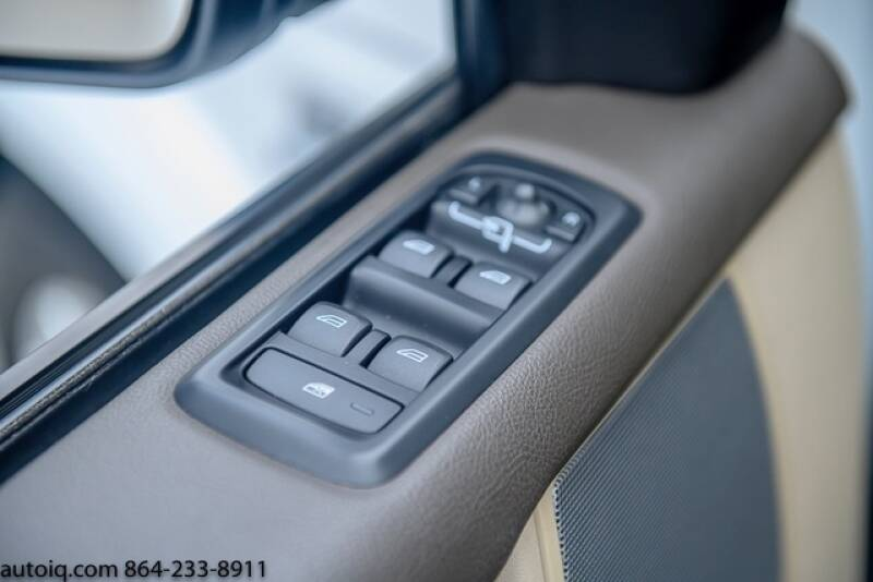 2013 Land Rover LR4 HSE (image 16)
