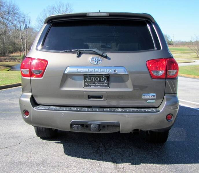 2013 Toyota Sequoia Limited (image 3)