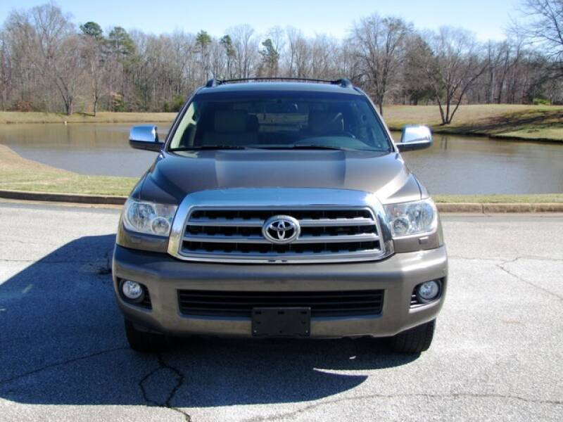 2013 Toyota Sequoia Limited (image 5)