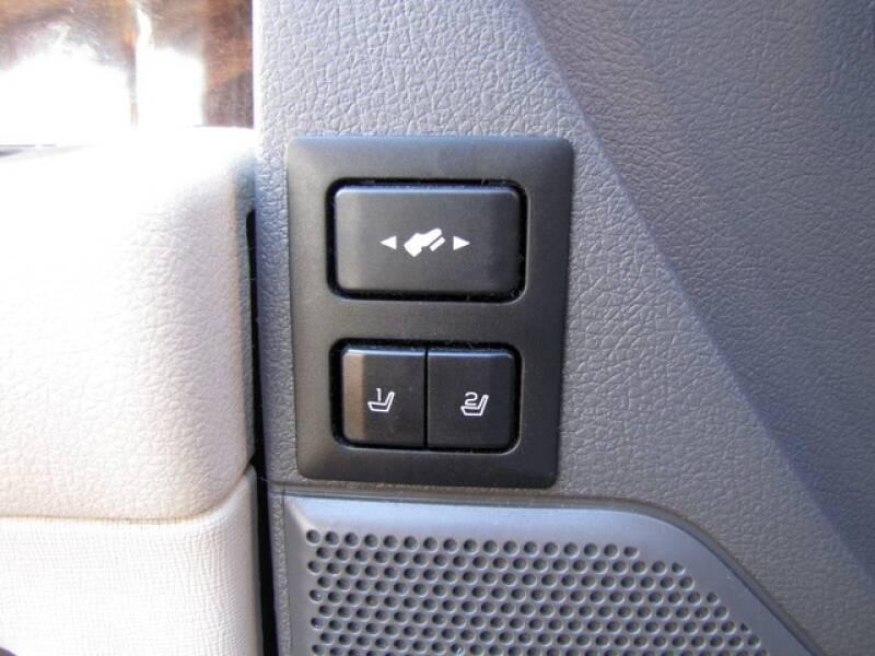 2011 Ford Flex SEL (image 13)