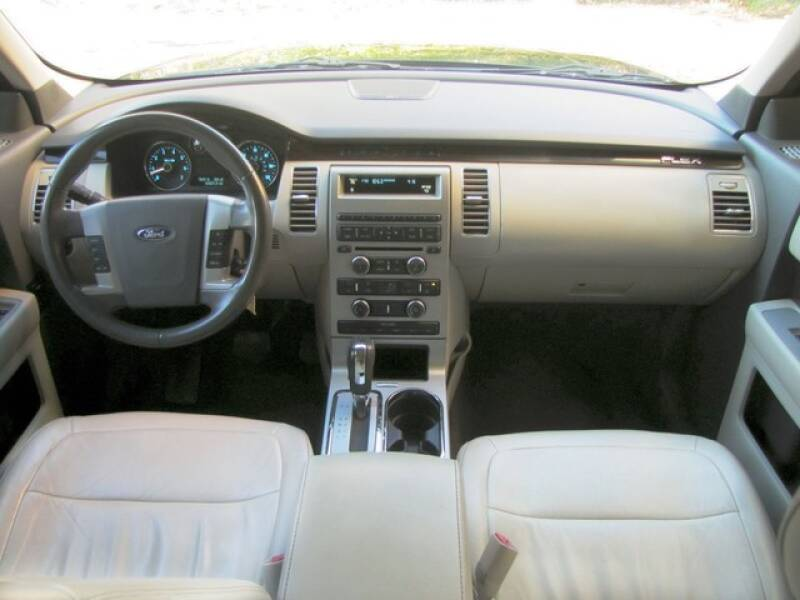 2011 Ford Flex SEL (image 8)