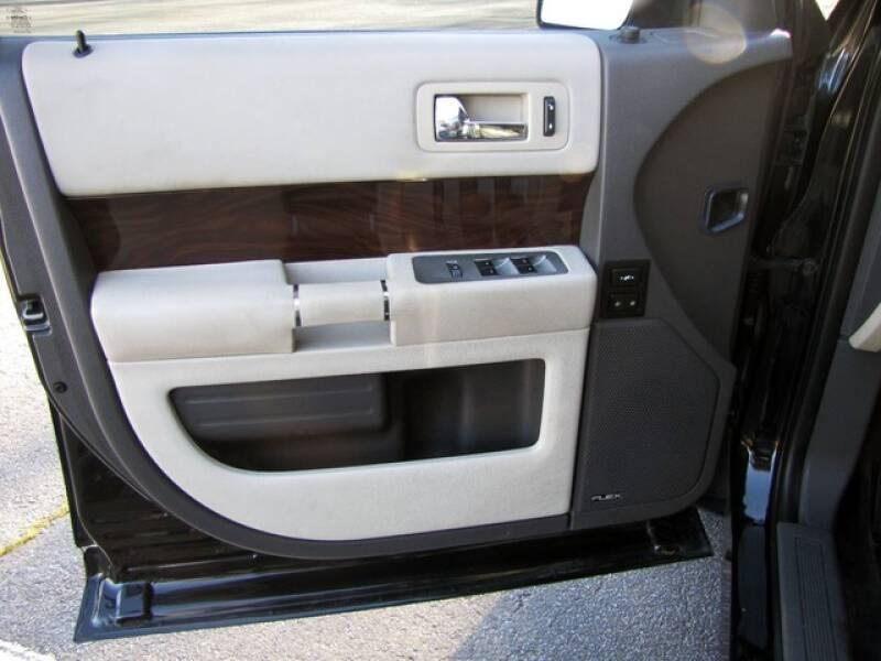 2011 Ford Flex SEL (image 10)
