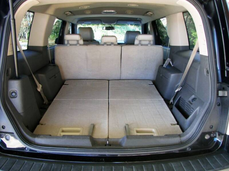 2011 Ford Flex SEL (image 24)