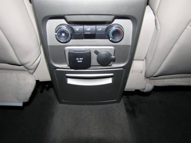 2011 Ford Flex SEL (image 19)