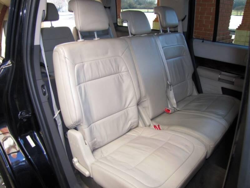 2011 Ford Flex SEL (image 20)