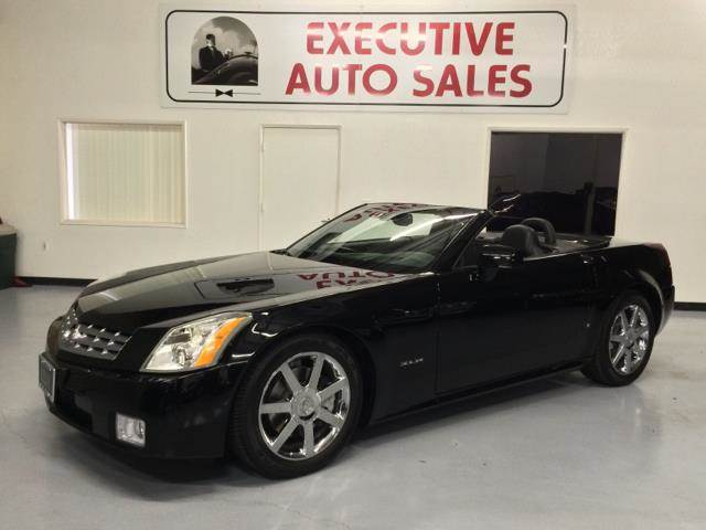 sale review pin cars car autoblog first hybrid e xlr cayenne cadillac for drive reviews used news new porsche and