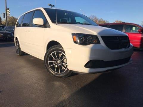 2017 Dodge Grand Caravan for sale in Channahon, IL