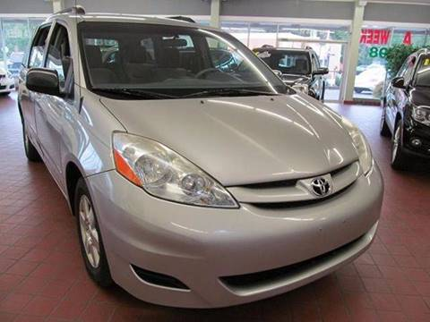 2009 Toyota Sienna for sale in Brockton MA