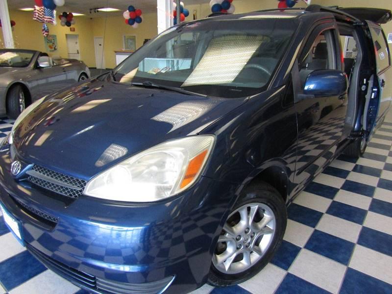 2004 Toyota Sienna for sale at Manassas Automobile Gallery in Manassas VA