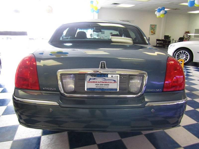 2003 Lincoln Town Car for sale at Manassas Automobile Gallery in Manassas VA