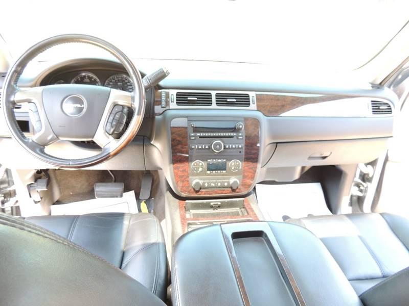 2008 GMC Yukon AWD Denali 4dr SUV - Detroit MI