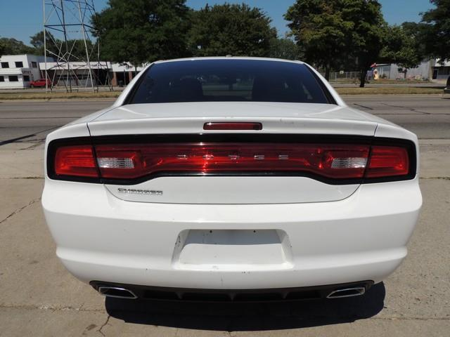 2012 Dodge Charger SE 4dr Sedan - Detroit MI
