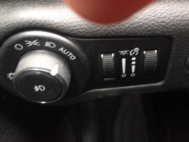 2015 Chrysler 200 S 4dr Sedan - Detroit MI
