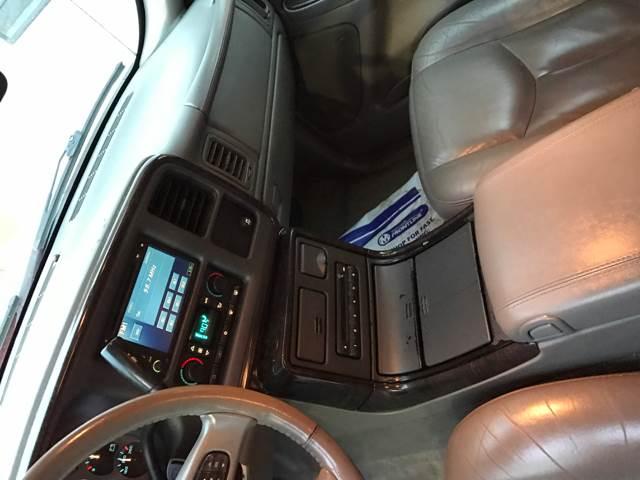 2006 GMC Yukon XL AWD Denali 4dr SUV - Detroit MI