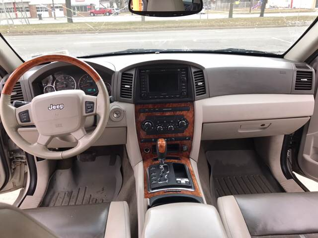 2006 Jeep Grand Cherokee Overland 4dr SUV 4WD - Detroit MI