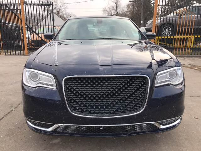 2015 Chrysler 300 Limited 4dr Sedan - Detroit MI