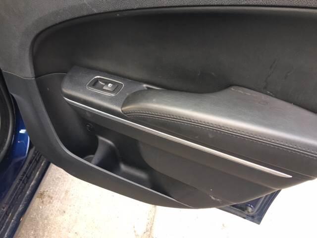 2015 Chrysler 300 Limited 4dr Sedan - Detroit MI