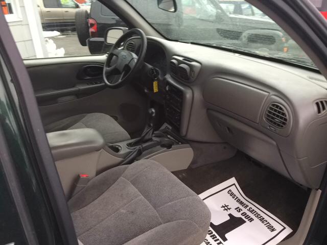 2004 Chevrolet TrailBlazer for sale at Premium Motors in Rahway NJ