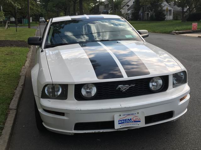 2005 Ford Mustang for sale at Premium Motors in Rahway NJ