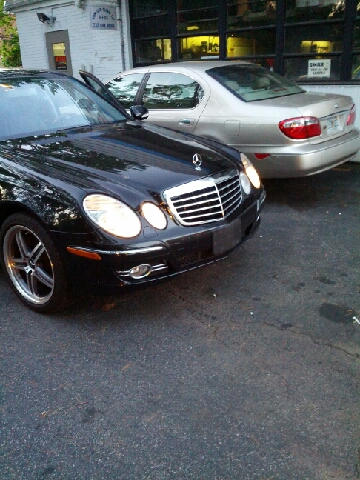 2008 Mercedes-Benz E-Class for sale at Premium Motors in Rahway NJ