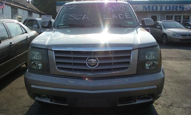 2002 Cadillac Escalade for sale at Premium Motors in Rahway NJ