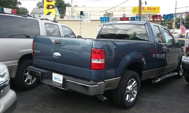 2006 Ford F-150 for sale at Premium Motors in Rahway NJ