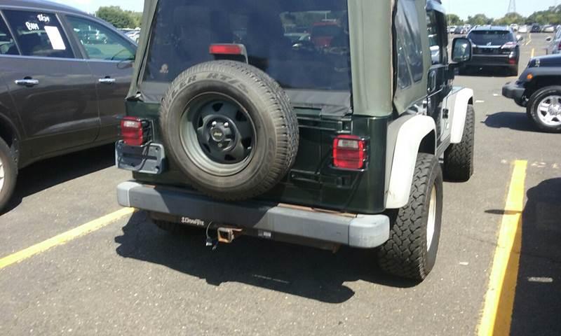2004 Jeep Wrangler for sale at Premium Motors in Rahway NJ