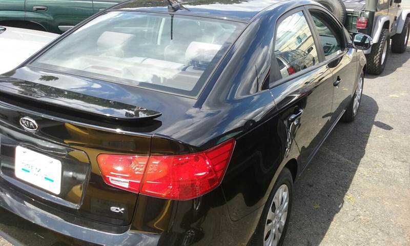 2010 Kia Forte for sale at Premium Motors in Rahway NJ