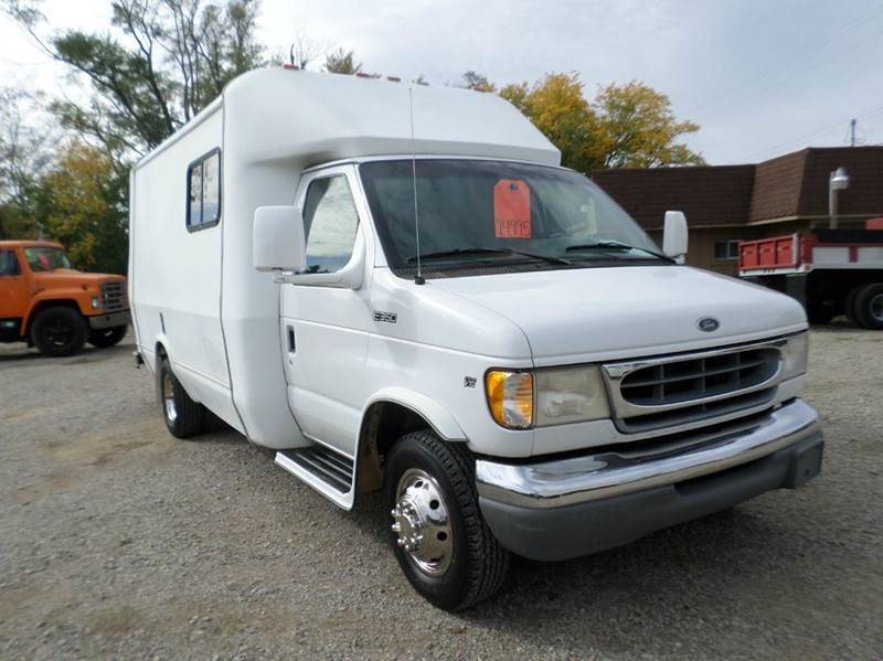 1998 Ford E-350 for sale at Show Me Used Cars in Flint MI
