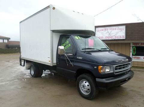 2001 Ford E-Series Chassis for sale at Show Me Used Cars in Flint MI