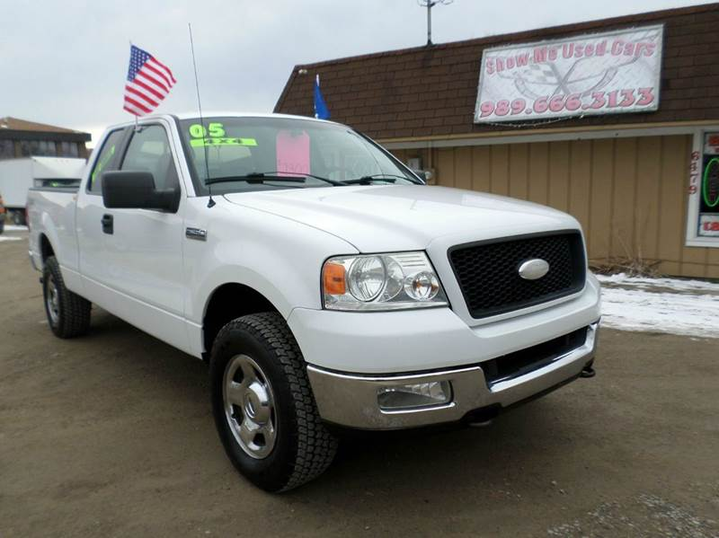 2005 Ford F-150 for sale at Show Me Used Cars in Flint MI
