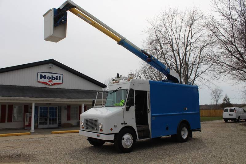 2007 Freightliner MT45 Chassis for sale at Show Me Used Cars in Flint MI