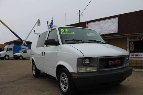 2003 GMC Safari Cargo for sale in Flint, MI
