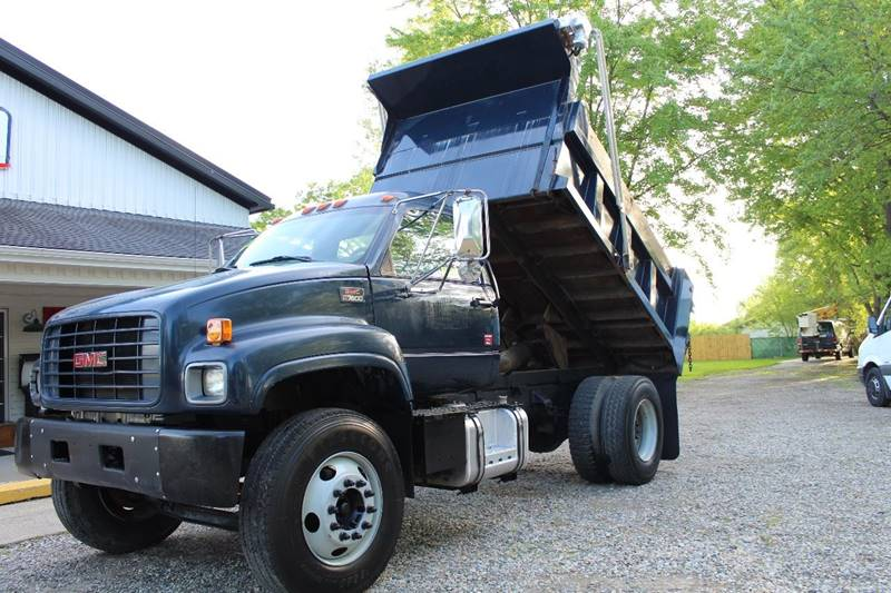 2002 GMC C7500 for sale at Show Me Used Cars in Flint MI