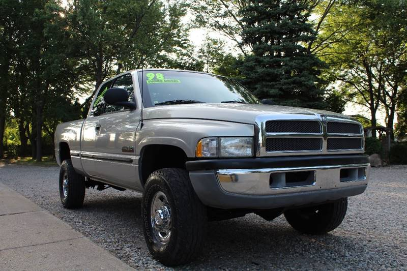 1998 Dodge Ram Pickup 2500 for sale at Show Me Used Cars in Flint MI