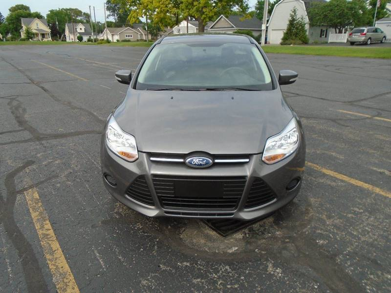 2014 Ford Focus SE 4dr Sedan - Traverse City MI