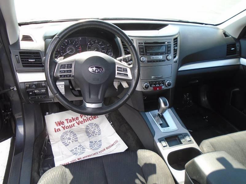 2012 Subaru Outback AWD 2.5i Premium 4dr Wagon CVT - Traverse City MI