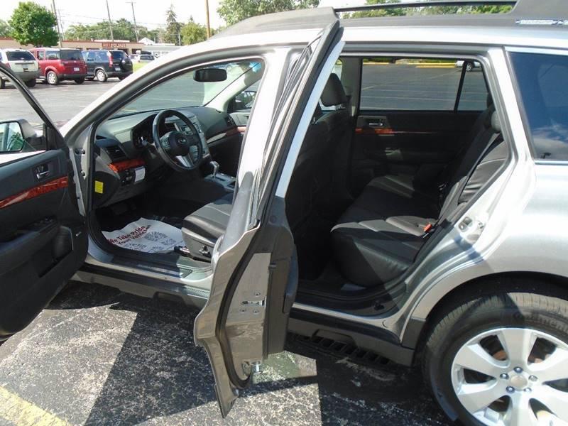 2011 Subaru Outback AWD 2.5i Limited 4dr Wagon - Traverse City MI