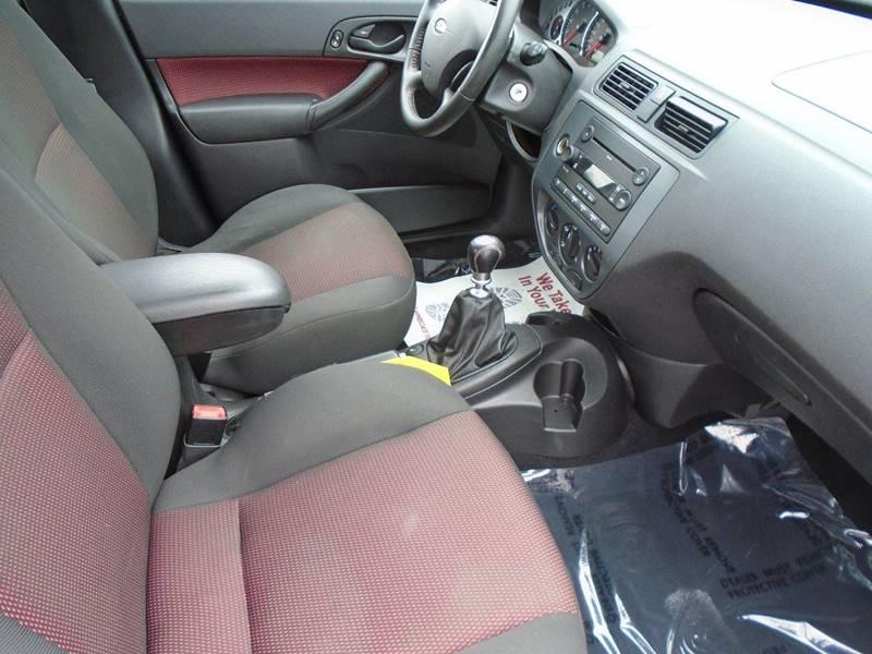 2006 Ford Focus ZX4 ST 4dr Sedan - Traverse City MI