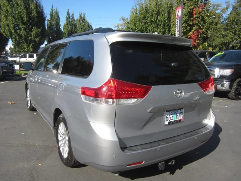 2014 Toyota Sienna Limited 7-Passenger 4dr Mini-Van In Salem OR