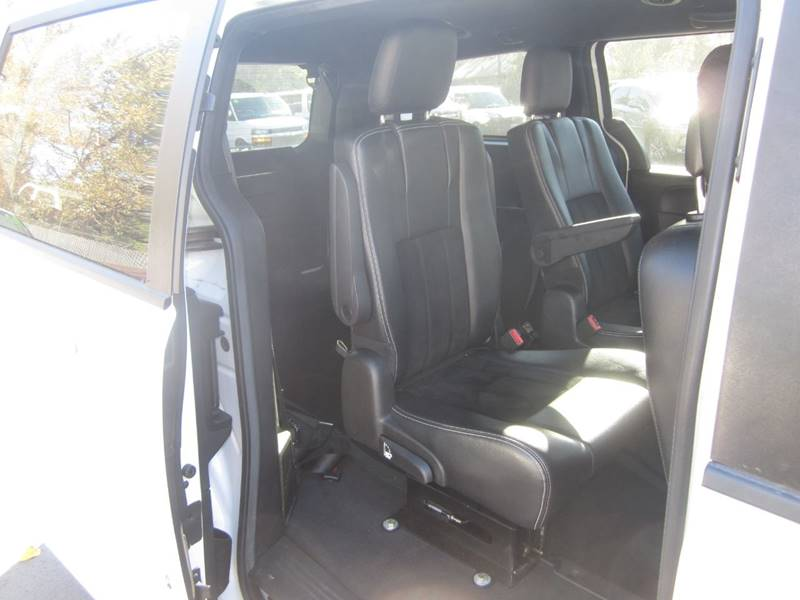 2015 Dodge Grand Caravan SXT Plus 4dr Mini-Van - Salem OR