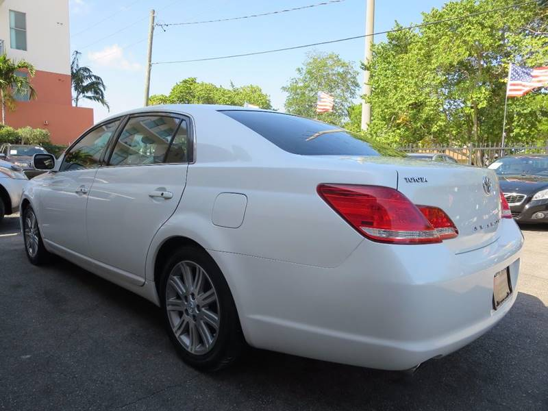 2007 Toyota Avalon for sale at FLORIDA AUTO CONNECTION in Hollywood FL