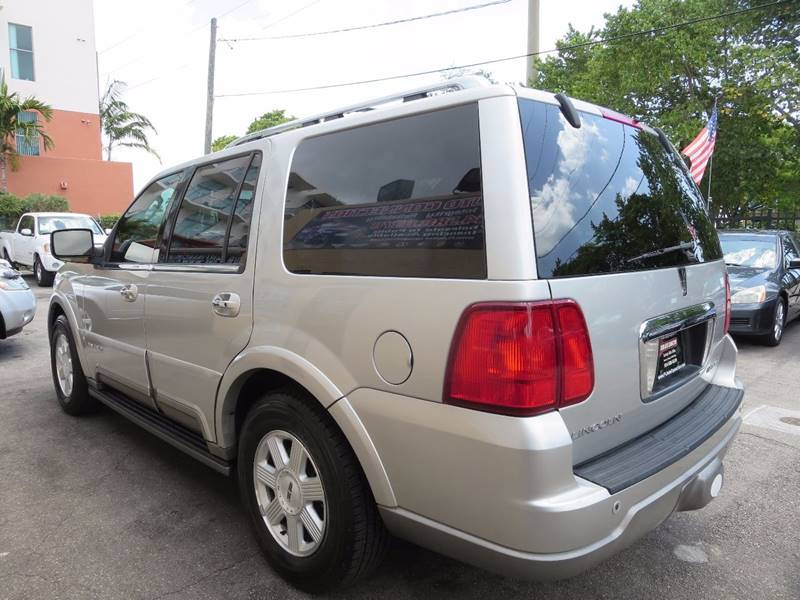 2003 Lincoln Navigator for sale at FLORIDA AUTO CONNECTION in Hollywood FL
